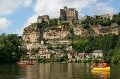 Kayaking in Beynac